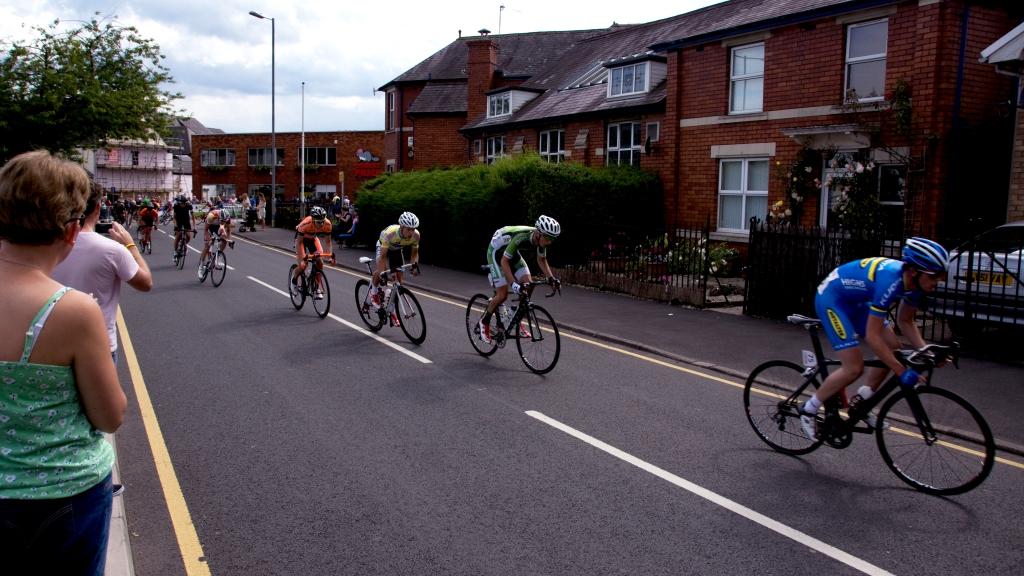 Chasing_riders_Abergavenny
